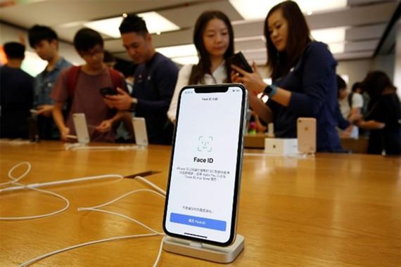 Trung Quốc cấm nhập khẩu và bán iPhone