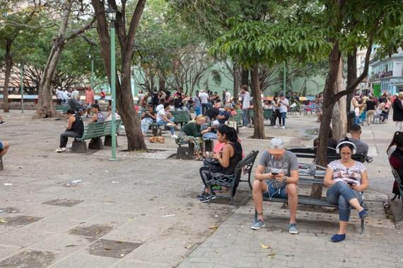 Số lượng người dân Cuba kết nối Internet ngày càng tăng