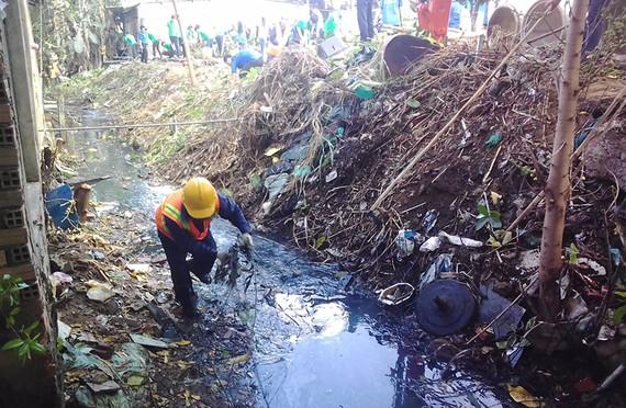 Đẩy nhanh tiến độ cải thiện môi trường kênh rạch