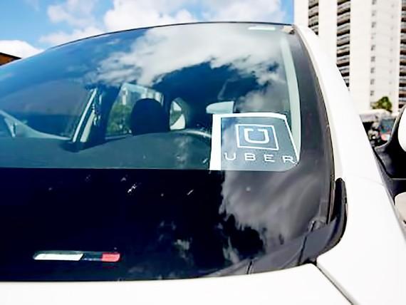 Uber ngừng cung cấp dịch vụ ở Barcelona