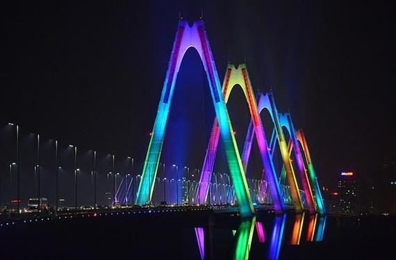 Cầu Nhật Tân sẽ được thắp đèn xanh để hưởng ứng chiến dịch.