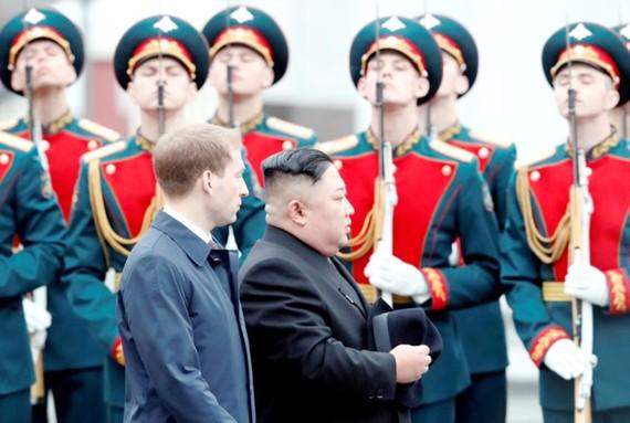 Lễ đón nhà lãnh đạo Triều Tiên Kim Jong-un tại Vladivostok. Ảnh: Reuters
