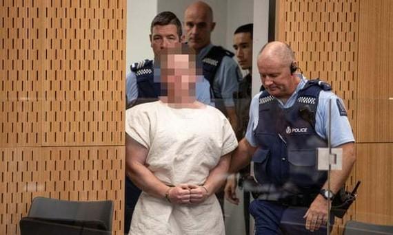 Brenton Tarrant tại phiên tòa xét xử