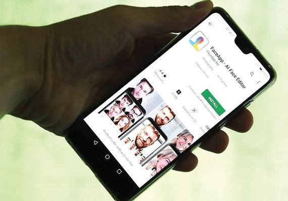 Google và Apple bị phạt vì thiếu tôn trọng người dùng