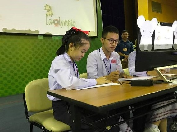 Laos students join in Laolympic-Photo: VNS