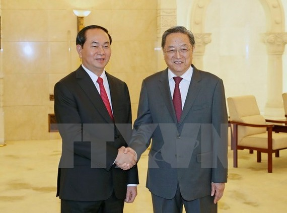 President Tran Dai Quang (L) meets with Yu Zhengsheng, Chairman of the Chinese People's Political Consultative Conference, on May 12 (Photo: VNA)
