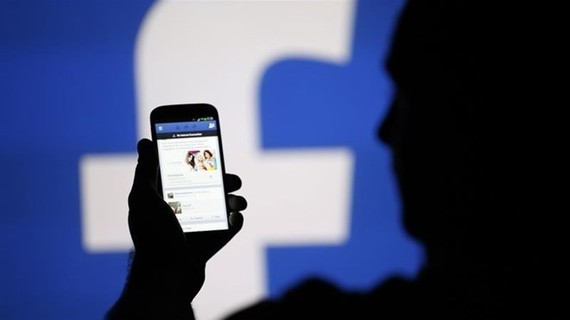 Thailand to spend 3.8 million USD on social network monitoring. (Photo: Al Jazeera)