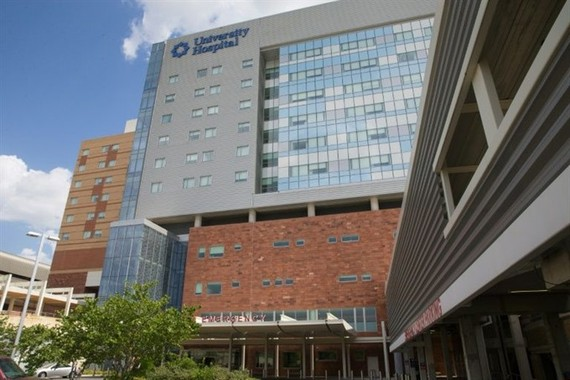 San Antonio University Hospital is seen on July 23 after emergency responders transported dozens of undocumented immigrants for treatment. — AFP/VNA