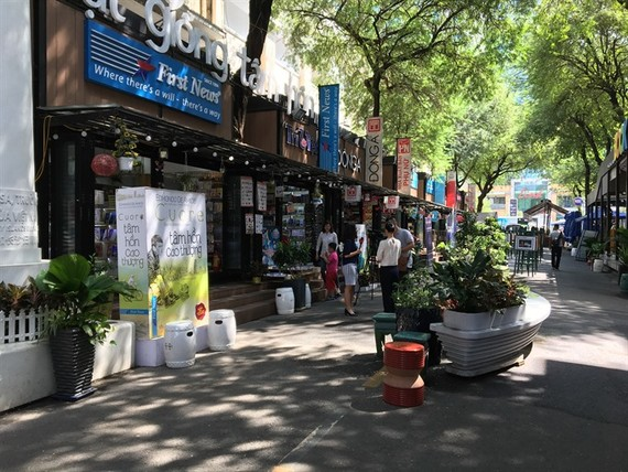 The HCMC Book Street attracts also a huge number of visitors during the Tet holidays -Photo: SGGP