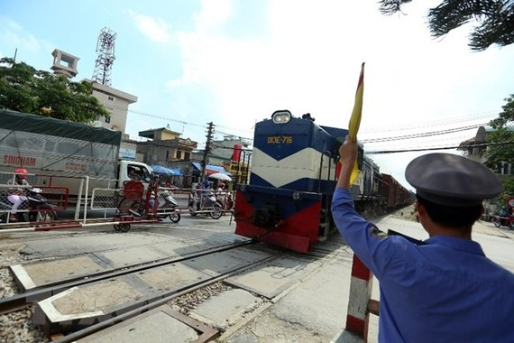 Installing cameras at level-crossing is expected to improve safety. — VNA/VNS Photo