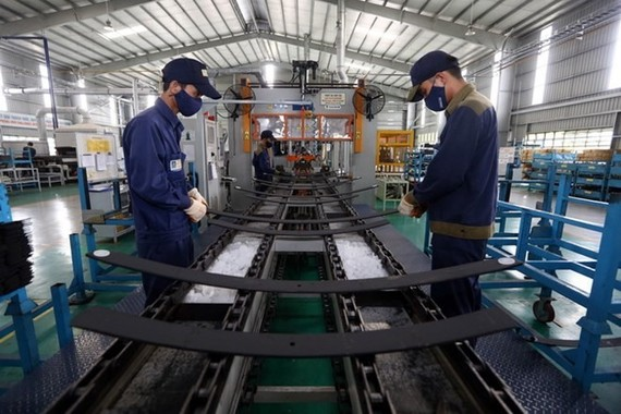 Việt Nam maintained its lead in the ASEAN PMI rankings. - Photo VNA
