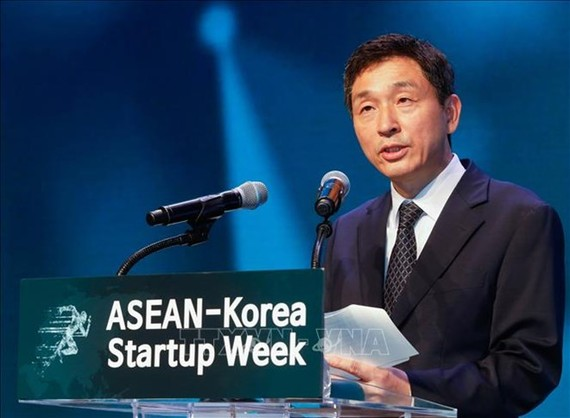 General Secretary of the ASEAN-Korea Centre Lee Hyuk (Photo: VNA)