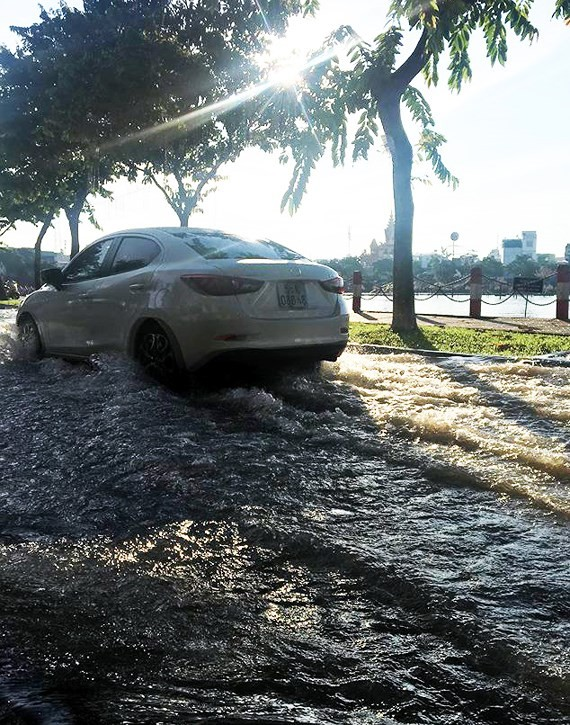 Can Tho province sees high tides