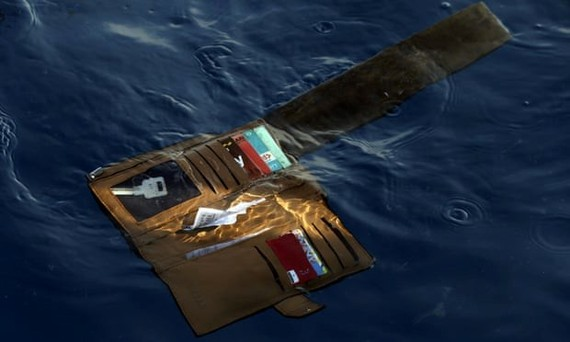 A wallet belonging to a victim of the Lion Air passenger jet (Photo: AP)