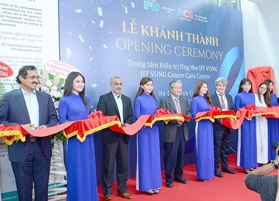 Hy Vong Cancer Care Center opened