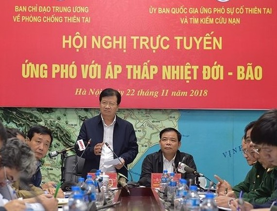 Deputy PM Dung chairs online meeting to prepare for typhoon