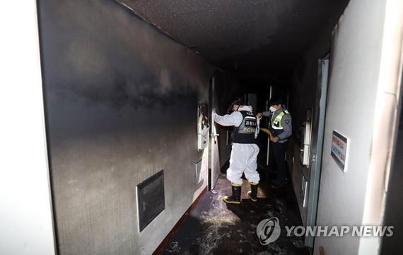 2 dead in motel fire in Yeosu