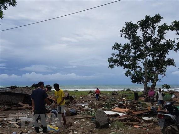 Ruins in Carita, Banten province of Indonesia following the tsunami on December 22 (Photo: Yonhap/VNA)