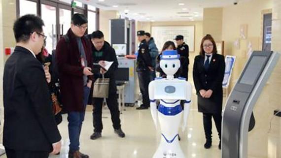 Robot hỗ trợ pháp lý tại toà án