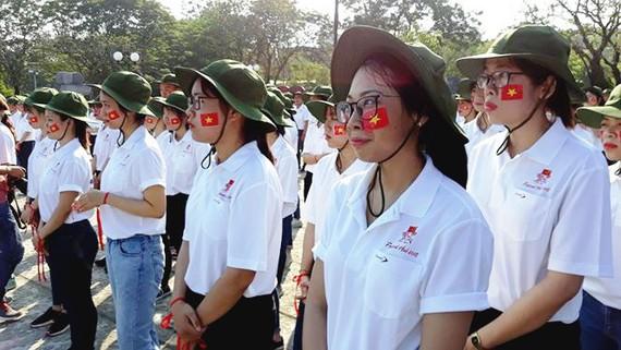 Các tình nguyện viên phục vụ Festival Huế 2018