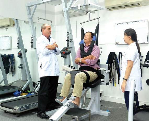 Acc® ra mắt dịch vụ phục hồi chức năng sau đột quỵ bằng trị liệu pneumex