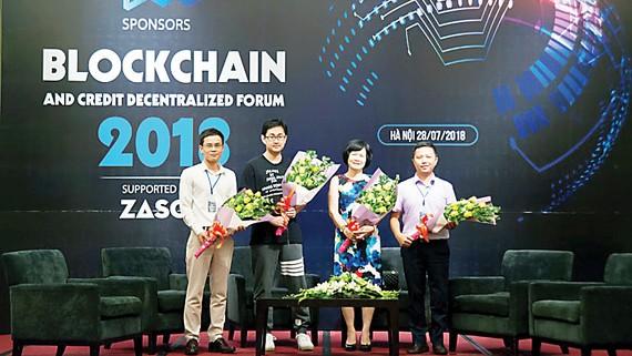 Blockchain và Ứng dụng tín dụng phi tập trung