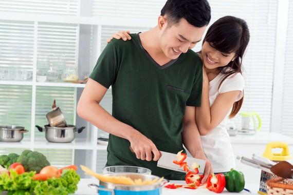 Chia sẻ việc nhà góp phần đem lại hạnh phúc gia đình