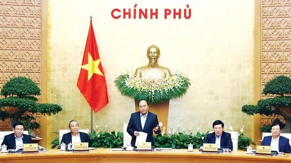 Thủ tướng Nguyễn Xuân Phúc phát biểu tại phiên họp. Ảnh: TTXVN