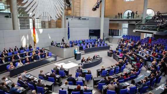 Các nghị sĩ Đức trong một phiên hop Quốc hội ở Berlin. Ảnh: EPA