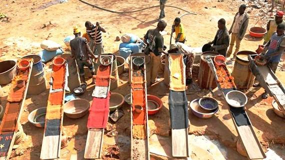 40 triệu lao động làm việc trong ngành khai khoáng