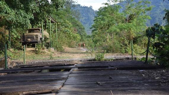 Dự án tái hiện 1,3km đường mòn Hồ Chí Minh xuống cấp nghiêm trọng
