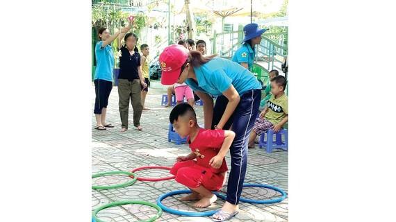 Trẻ tự kỷ học tập tại Trường Giáo dục chuyên biệt Khai Trí