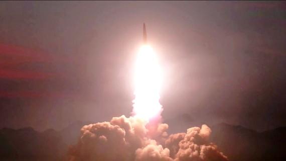 Một trong những vụ phóng tên lửa của Triều Tiên ngày 10-8