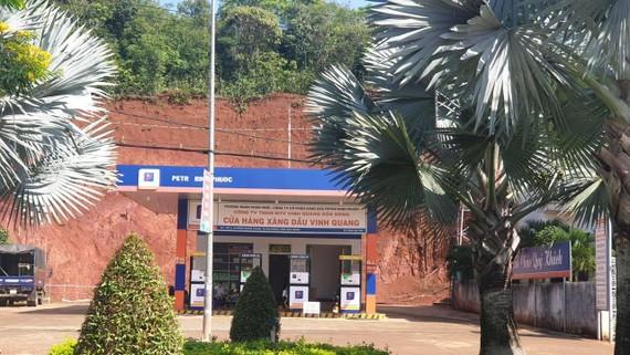 Cây xăng dầu tại thị xã Gia Nghĩa bị cơ quan công an phát hiện bán hơn 10 m³ xăng giả