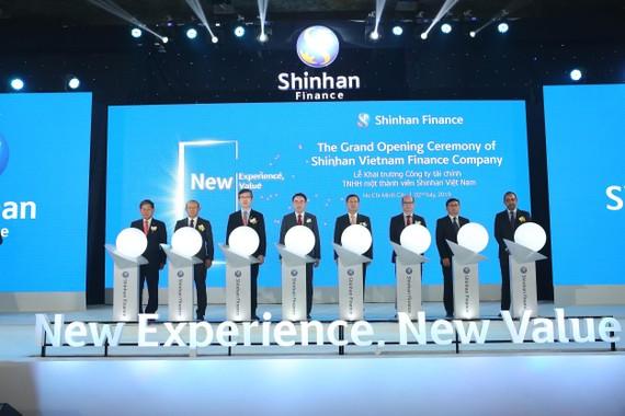 Chính thức ra mắt Shinhan Finance cùng hệ thống nhận diện thương hiệu tại Việt Nam