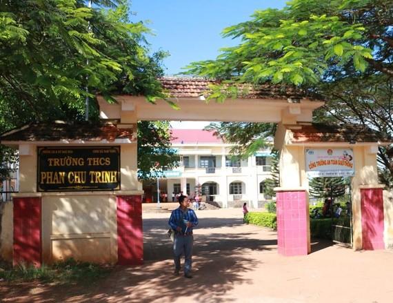 Trường THCS Phan Chu Trinh