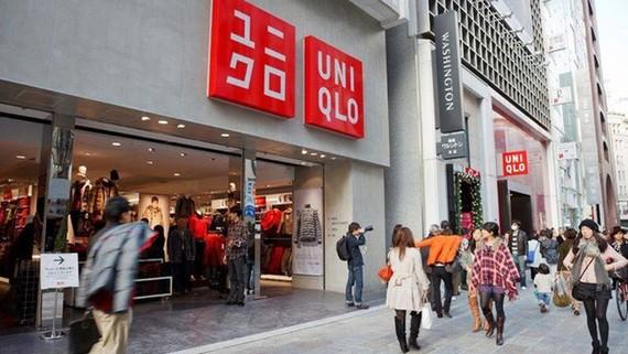 Thời trang bình dân Uniqlo đổ bộ vào Việt Nam