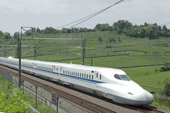 Đường sắt cao tốc phải nhìn thực tế