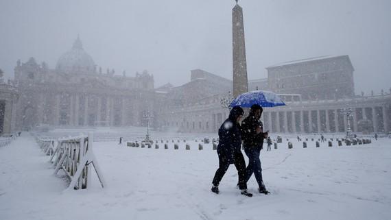 """Đợt bão tuyết """"càn quét châu Âu"""" khiến 48 người thiệt mạng. Ảnh : THE IRISH TIMES"""