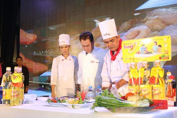 Nguồn thực phẩm sạch được Martin Yan  chọn để trổ tài nấu nướng