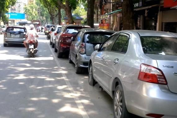 Hà Nội: Thêm tuyến phố được đỗ xe ngày chẵn, lẻ