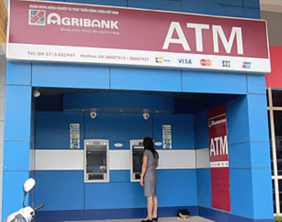 Giám sát các giao dịch thẻ ATM từ 23 giờ - 1 giờ