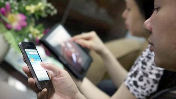 Các ứng dụng nhắn tin, điện thoại miễn phí được dùng ngày càng nhiều đang tạo áp lực giảm giá cước dịch vụ di động