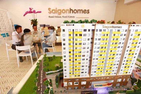 Nhà đầu tư tìm hiểu dự án Saigonhomes.