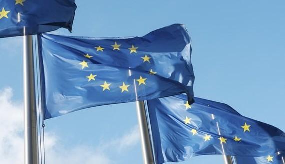 EU sẽ công bố danh sách đen về các thiên đường thuế vào tháng 12