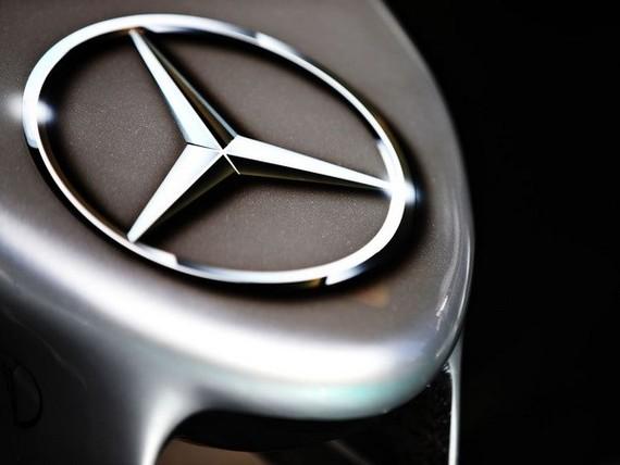 2017: Mercedes-Benz đứng đầu thế giới về doanh số xe hạng sang