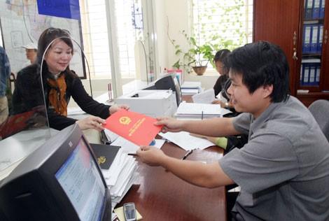 Linh hoạt, tháo gỡ khó khăn trong công tác cấp giấy chứng nhận