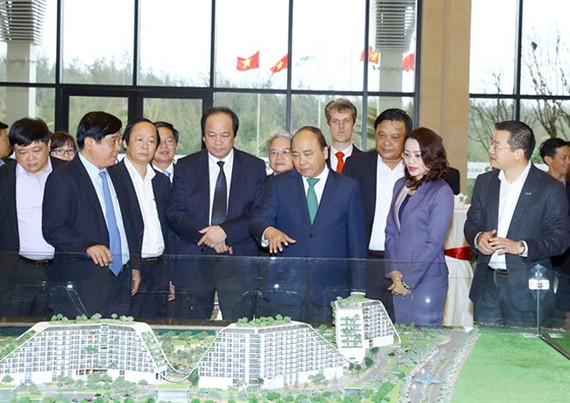 Thủ tướng Nguyễn Xuân Phúc và lãnh đạo Bình Định thăm và làm việc tại FLC Quy Nhơn