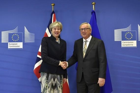 Brexit: Anh và EU hướng tới cuộc mặc cả khó khăn