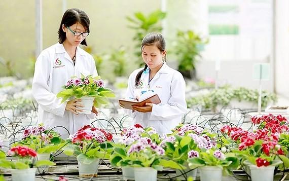 Hỗ trợ 100% lãi suất vay sản xuất nông nghiệp ứng dụng CNC